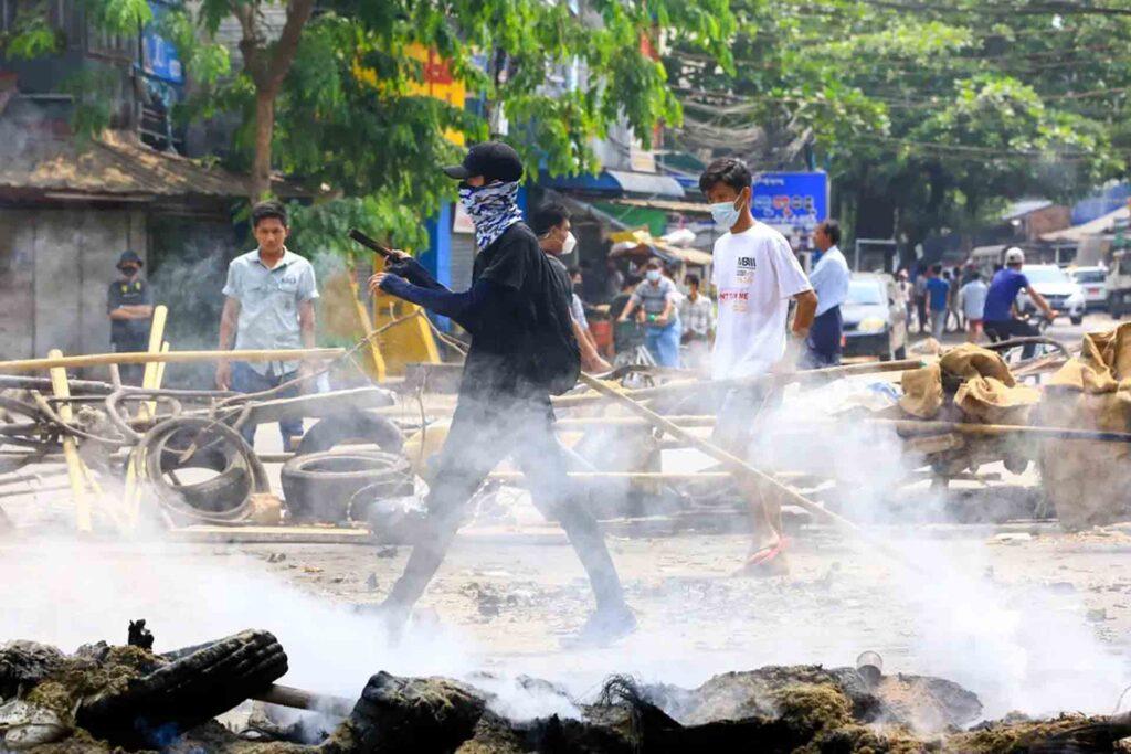 'Horrific use of lethal force' Australia condemns killings in Myanmar